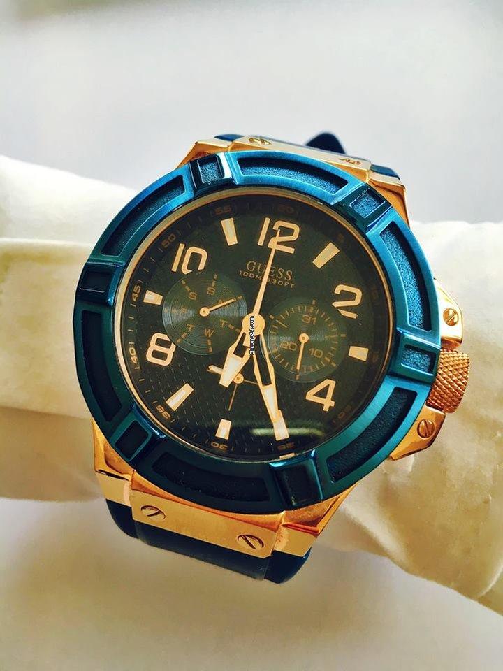 9c9a13a1b3 Montres Guess Acier - Afficher le prix des montres Guess Acier sur Chrono24