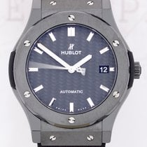 Hublot Classic Fusion Black Magic Automatic Carbon Kautschuk...