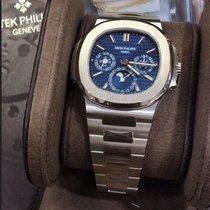 Patek Philippe 5740/1G-001 White gold Nautilus 40mm