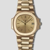 Patek Philippe Nautilus Yellow gold 37.5mm