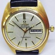 Omega Constellation Day-Date Yellow gold 35mm White No numerals