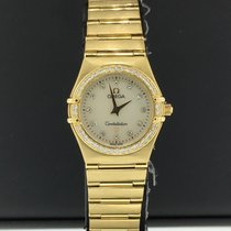 3aa01331f50 Omega Constellation Ladies pre-owned 25mm White