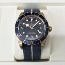 チュードル Heritage Black Bay Bronzo - Bucherer Blue Edition 2018