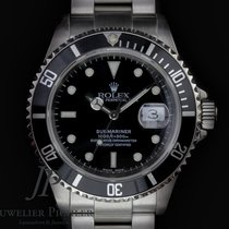 Rolex 16610 Steel 2000 Submariner Date 40mm pre-owned