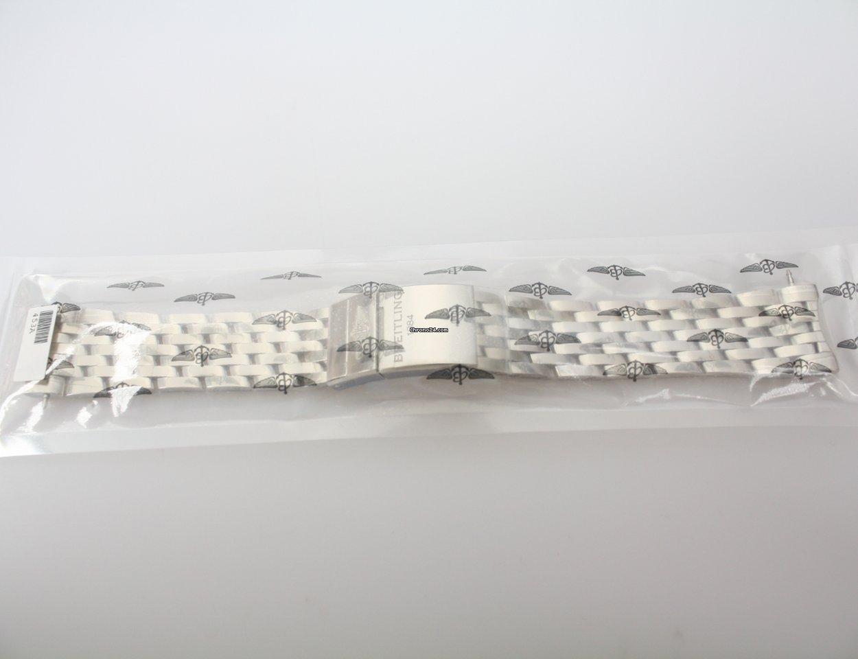 Breitling Navitimer World 443A 2021 новые