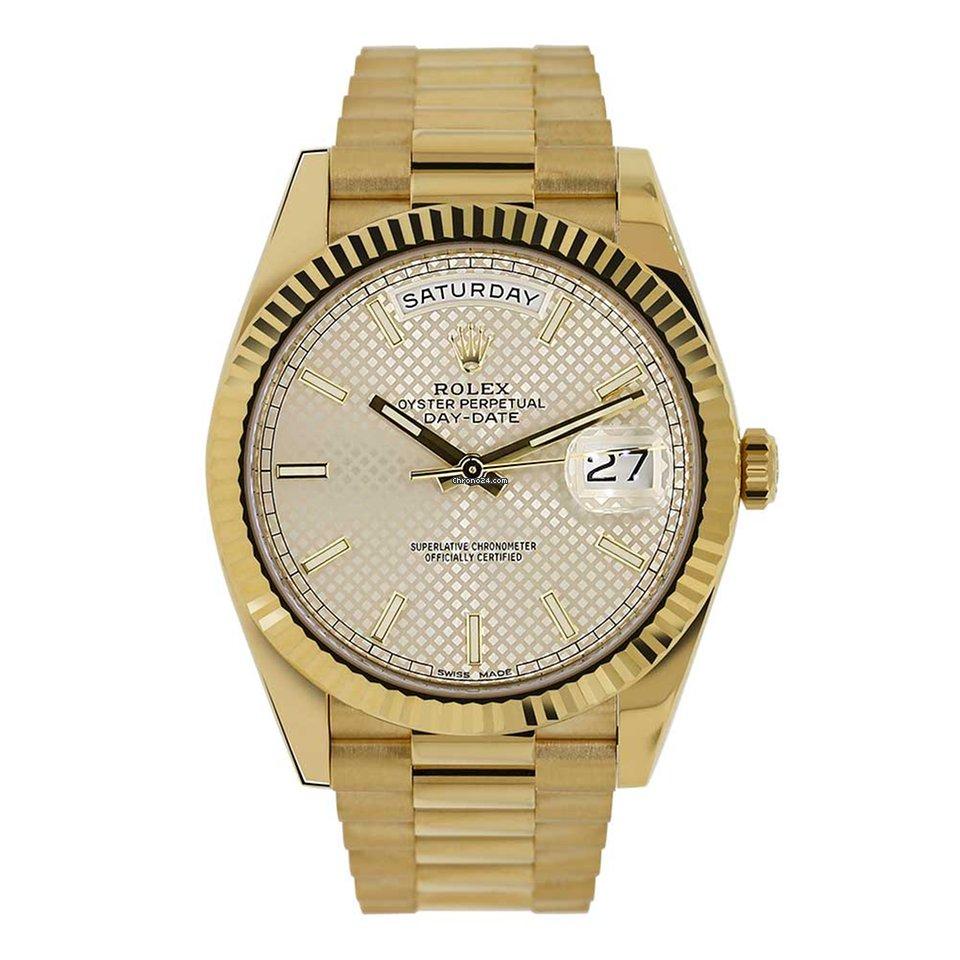 564568fd46c Rolex DAY-DATE 40 18K Yellow Gold President Silver Diagonal... por R   108.571 para vender por um Trusted Seller na Chrono24
