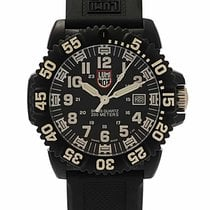 Luminox Karbon 44mm Quartz XS.3051 yeni