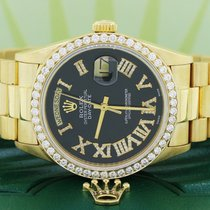 Rolex Day-Date 36 Yellow gold 36mm Black Roman numerals United States of America, New York, New York