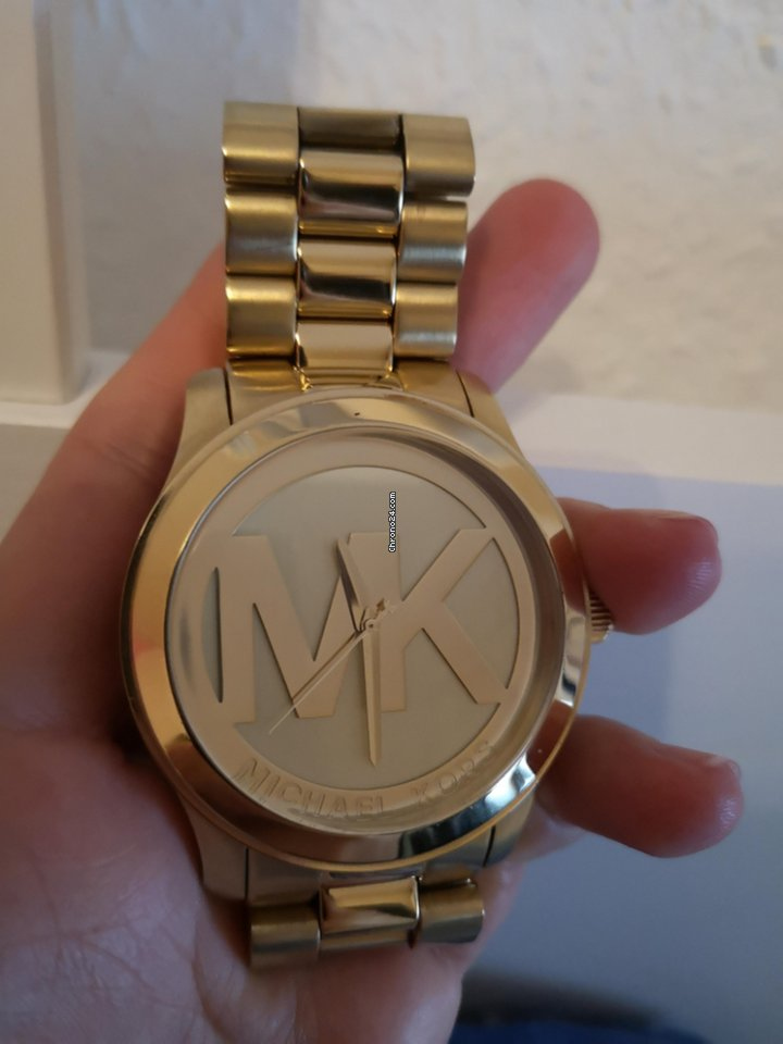 1a72c877d98c Michael Kors for Php 10