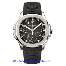 Patek Philippe Aquanaut pre-owned 41mm Black Date GMT Rubber