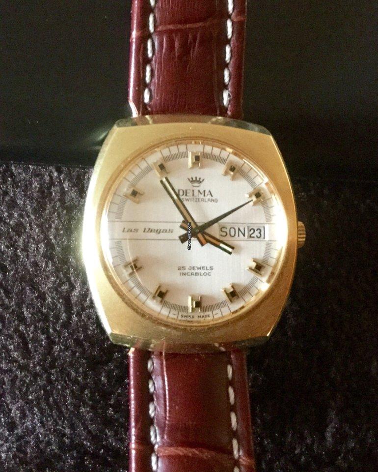 delma dames horloge goudkleurig