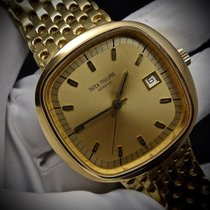 Patek Philippe Beta 21 Yellow gold 42mm Champagne