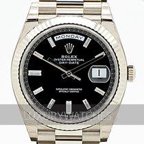 Rolex Day-Date 40 Bílé zlato 40mm Černá