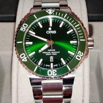 Oris Aquis Date Steel Green No numerals