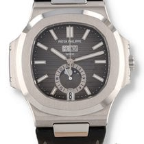 Patek Philippe Nautilus 5726A Very good Steel 40.5mm Automatic