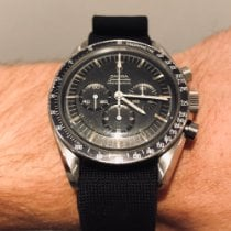 Omega Speedmaster Professional Moonwatch 105.012-66 1967 pre-owned