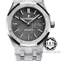 Audemars Piguet Royal Oak Lady White gold 37mm Black No numerals