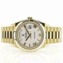 Rolex Day-Date 40 Yellow gold 40mm Roman numerals