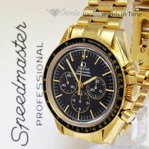 Omega Speedmaster pre-owned 42mm Black Chronograph Yellow gold