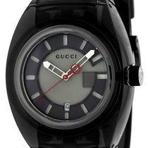 Gucci 43mm Quarz YA137111 neu