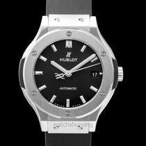 Hublot Classic Fusion 45, 42, 38, 33 mm new Automatic Watch with original box and original papers 565.NX.1171.RX