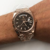 Rolex Day-Date 40 Or rouge 40mm Brun Sans chiffres