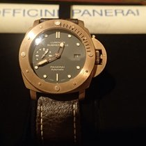 Panerai 47mm Automatic 2011 pre-owned Special Editions Green