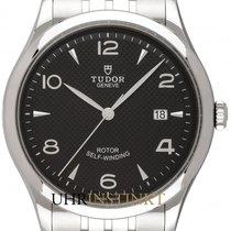 帝陀 新的 自動發條 中心秒針 螺擰式錶冠 41mm 鋼 藍寶石玻璃