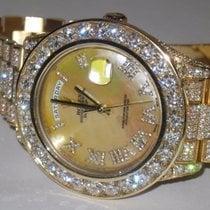 Rolex Day-Date II Zuto zlato 41mm Sedef-biserast Rimski brojevi