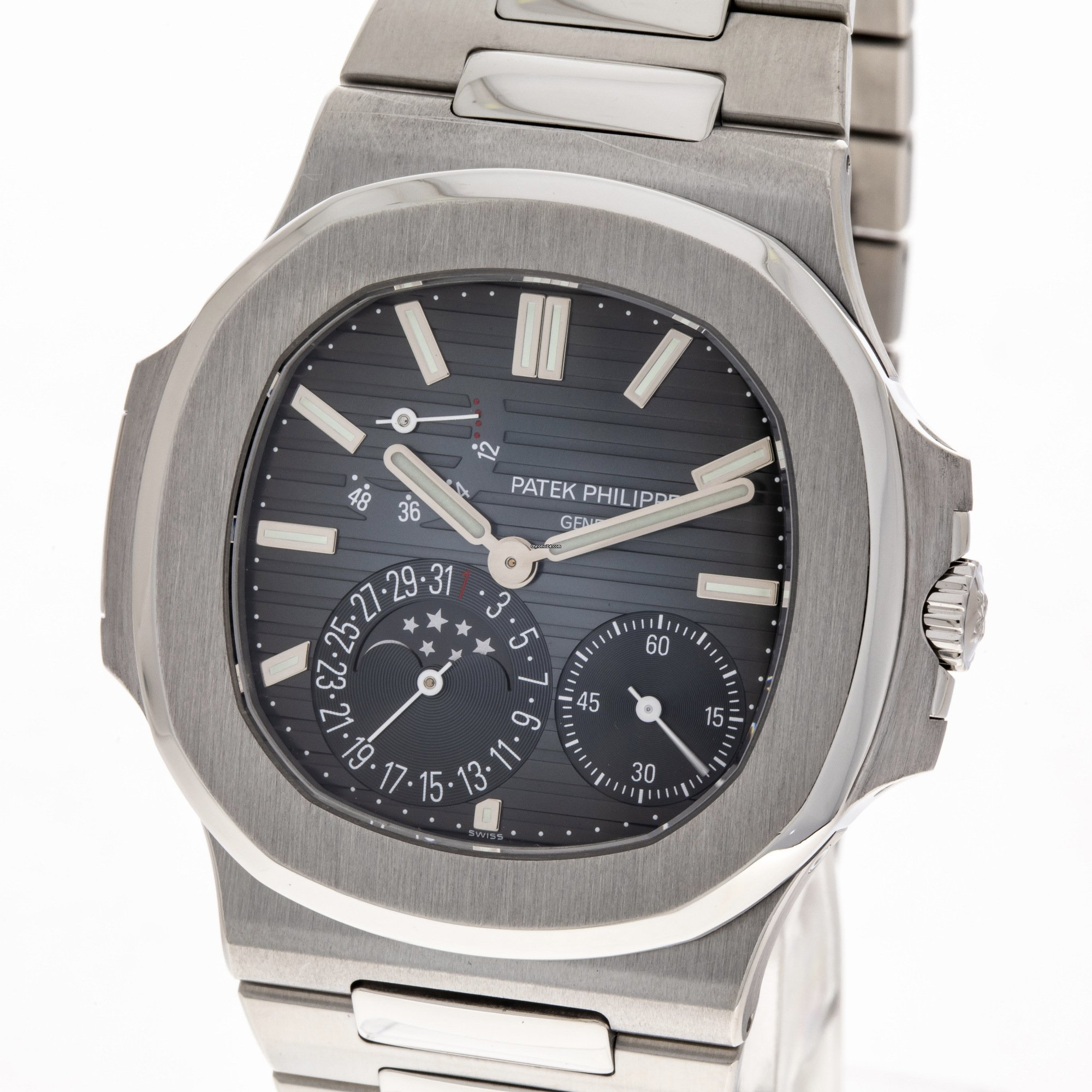 f0687374478 Patek Philippe Nautilus 5712 / 1A Steel Moonphase Power Reserve 2016 Full S
