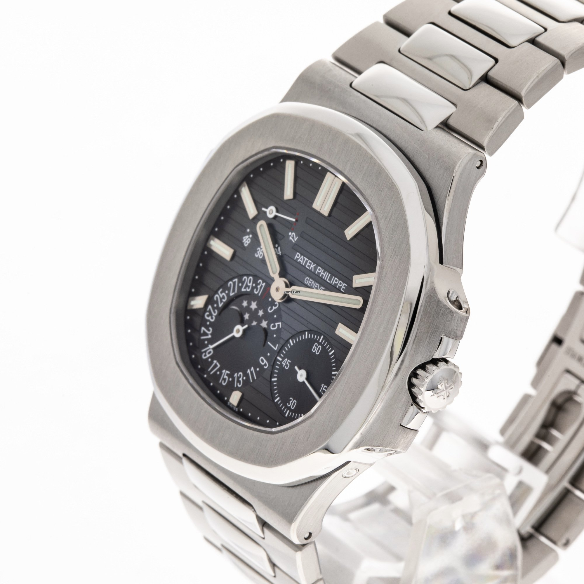 24682faa7b1 Patek Philippe Nautilus 5712 / 1A Steel Moonphase Power... for £74,276 for  sale from a Trusted Seller on Chrono24