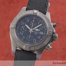 Breitling Avenger Bandit gebraucht 46mm Schwarz Chronograph Datum Textil