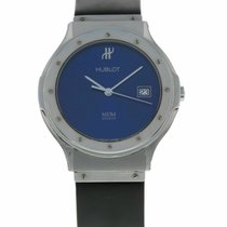 Hublot Classic pre-owned 36mm Blue Rubber