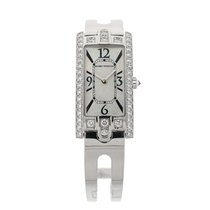 哈利温•斯顿 Avenue Ladies Watch 18kt White Gold & Diamonds 330LQW