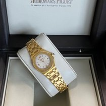 Audemars Piguet Royal Oak Offshore Lady Or jaune 28mm Blanc Romains France, Paris