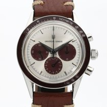 Universal Genève 884.485 pre-owned