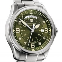 Victorinox Swiss Army Infantry Vintage Day Date  Khaki  Automatic