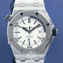 Audemars Piguet Royal Oak Offshore Diver pre-owned Steel