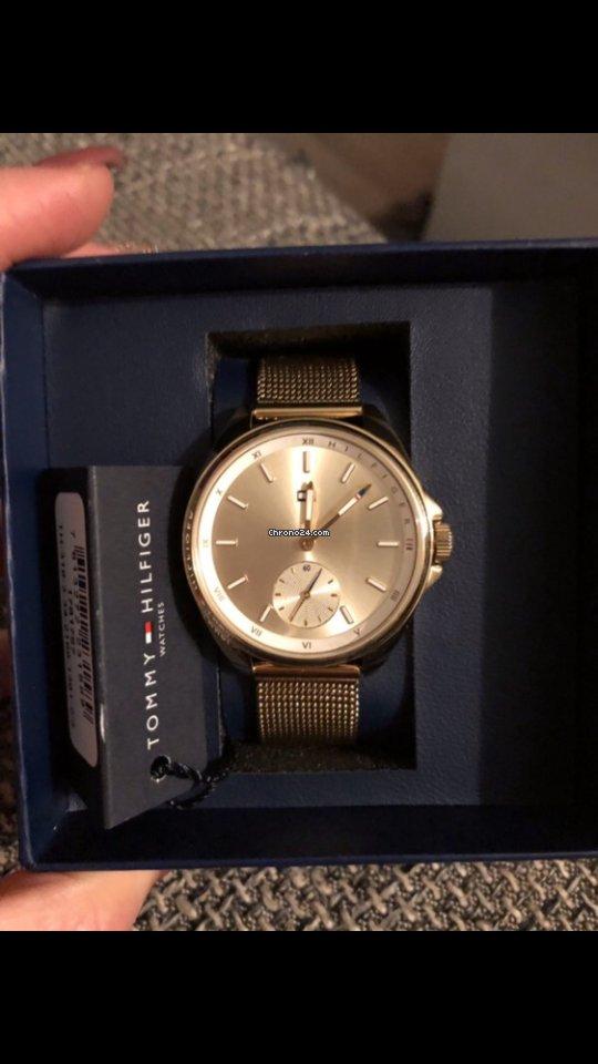354939c8af Tommy Hilfiger órák vásárlása | Tommy Hilfiger órák online összehasonlítása  - Luxusórák a Chrono24-en