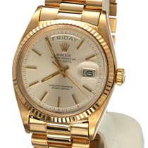 Rolex Oyster Day-Date Yellow Gold Silverwhite Dial 18 krt / 36 mm