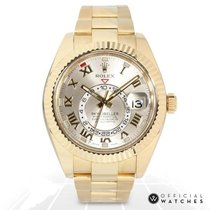 Rolex Yellow gold Automatic No numerals 42mm pre-owned Sky-Dweller