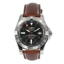 Breitling Avenger II pre-owned 46mm Black Leather