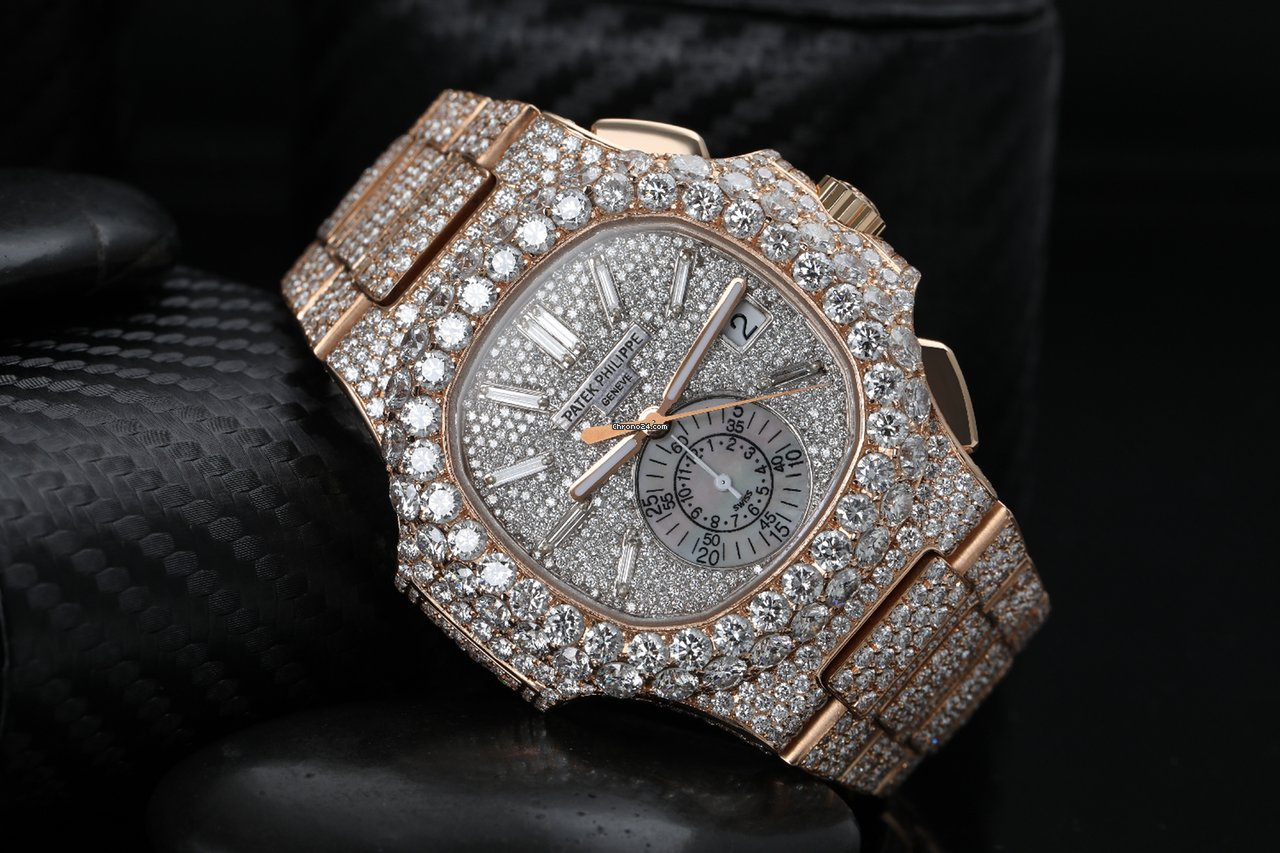 tout neuf 24f9d f5d04 Patek Philippe Nautilus Custom Diamond Watch 5980