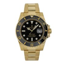 Rolex Submariner Date Yellow gold 40mm Black No numerals United States of America, New York, New York
