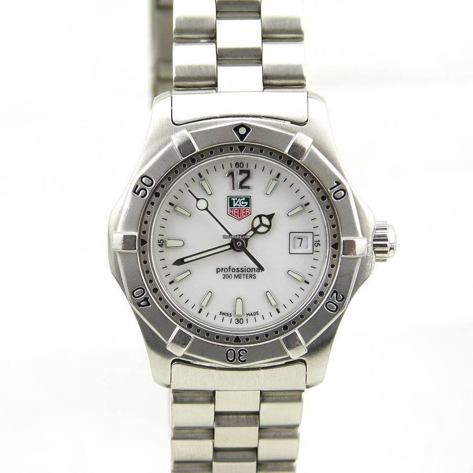 979c4cff17db TAG Heuer 2000 - all prices for TAG Heuer 2000 watches on Chrono24