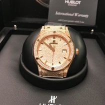 Hublot Classic Fusion 42 mm Full Pavé Rose Gold