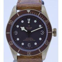 Tudor Heritage Black Bay 79250BM never worn