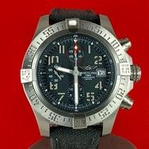 Breitling Avenger Bandit Titan 45mm Grau Arabisch