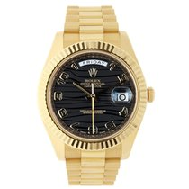Rolex DAY-DATE II 41mm 18K Yellow Gold Black Wave Dial