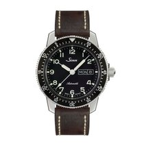 Sinn 104 St Sa A classic pilot watch leather strap NEW